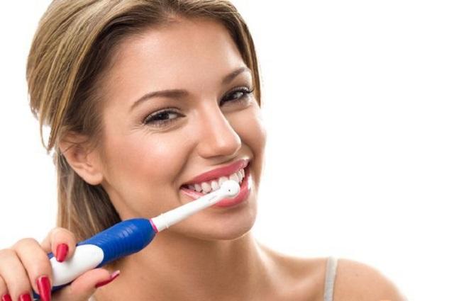 Vệ sinh răng miệng chưa đúng cách